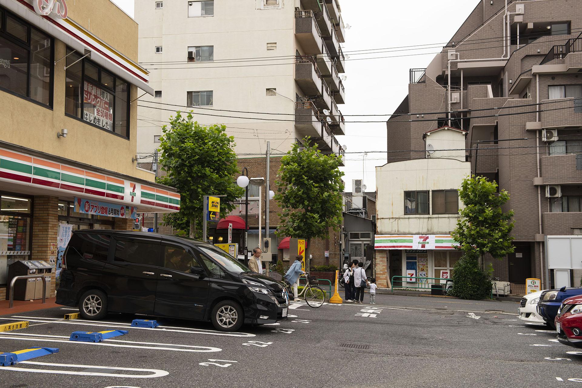 トモトシ_tomotosi_セブンイレブンで、セブンイレブンを買う_4